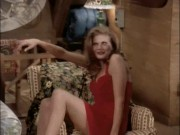 "Kristen Johnston ~ 3rd Rock From The Sun s1e4 ""Dick is from Mars, Sally is from Venus"" x30 *leggs*"