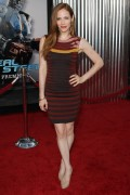 Джейми Рэй Ньюман, фото 140. Jaime Ray Newman - 'Real Steel' Premiere in Los Angeles - Oct 2, 2011, foto 140