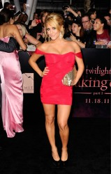 Кэсси Сербо, фото 276. Cassie Scerbo 'The Twilight Saga: Breaking Dawn Part 1' at Nokia Theatre L.A. Live on November 14, 2011 in Los Angeles, California, foto 276