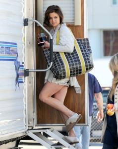Джессика Строуп, фото 971. Jessica Stroup Set of 90210, LA - 22.11.2011, foto 971