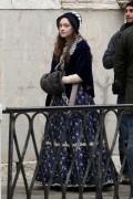 Dakota Fanning @ Venice, Italy on the set of Effie (12-02-2011) - HQ 223x