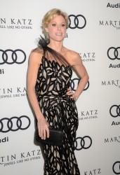 Джули Боуэн, фото 340. Julie Bowen Golden Globe Awards Party Hosted By Audi And Martin Katz - Arrivals at Cecconi's Restaurant on January 8, 2012 in Los Angeles, California, foto 340