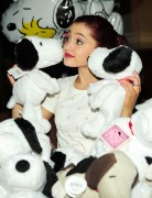 Ариана Гранде, фото 416. Ariana Grande Valentine Twitter party in Los Angeles - February 8, 2012, foto 416