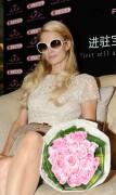 Пэрис Хилтон, фото 14609. Paris Hilton attends a commercial event on, february 22, foto 14609
