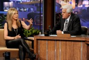 Дженнифер Анистон, фото 8677. Jennifer Aniston On the Tonight Show With Jay Leno in Burbank - February 24, 2012, foto 8677