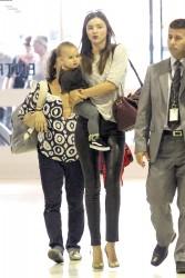Миранда Керр, фото 3718. Miranda Kerr Sydney Airport arrival, february 28 / tagged, foto 3718,