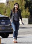 Рейчел Билсон, фото 8399. Rachel Bilson - drops by a liquor store in Los Feliz, March 7, foto 8399